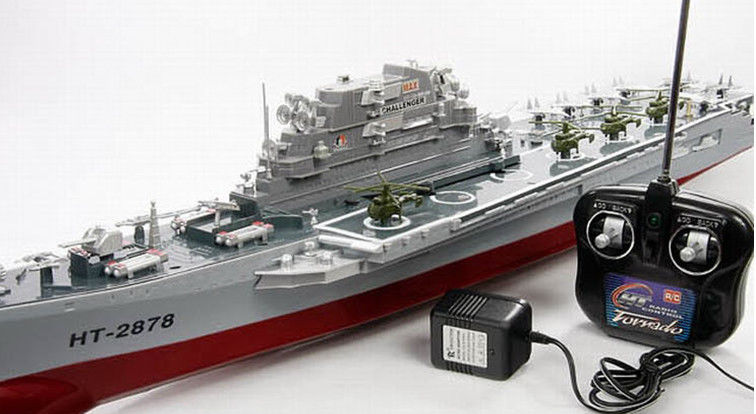 Challenger aircraft carrier; remote control boat 2878F